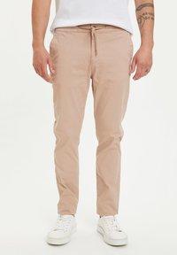 DeFacto - Pantalones - beige - 0