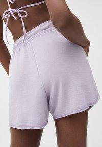 PULL&BEAR - Shorts - mottled dark purple - 4