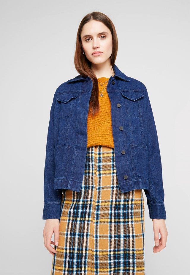 KARNI - Giacca di jeans - rinse
