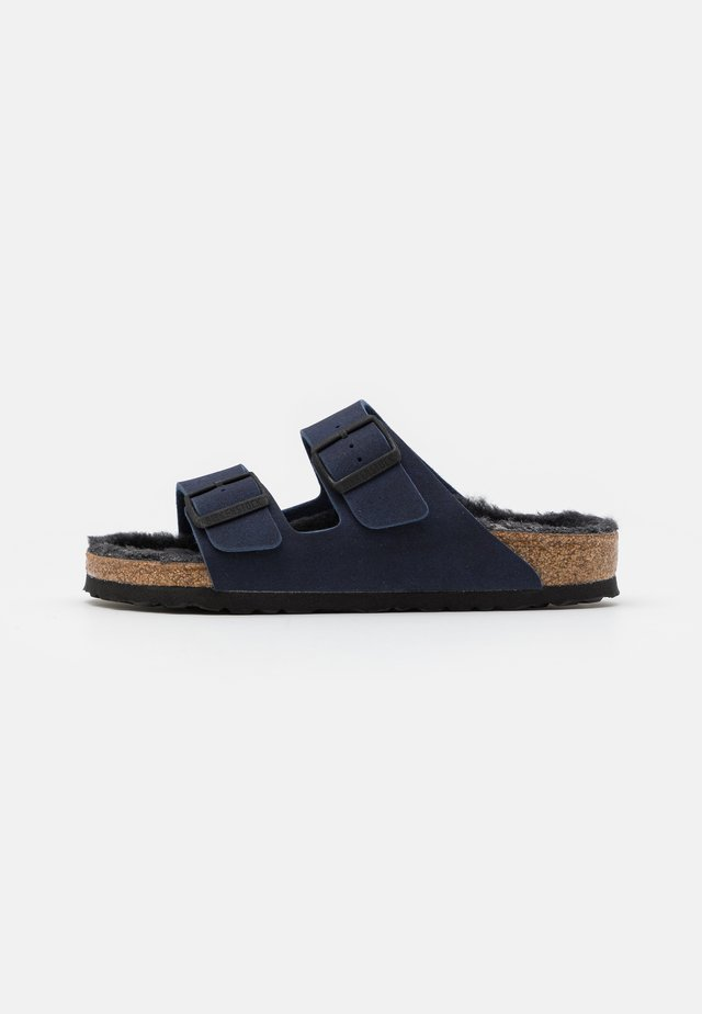 ARIZONA UNISEX - Tohvelit - dusty navy