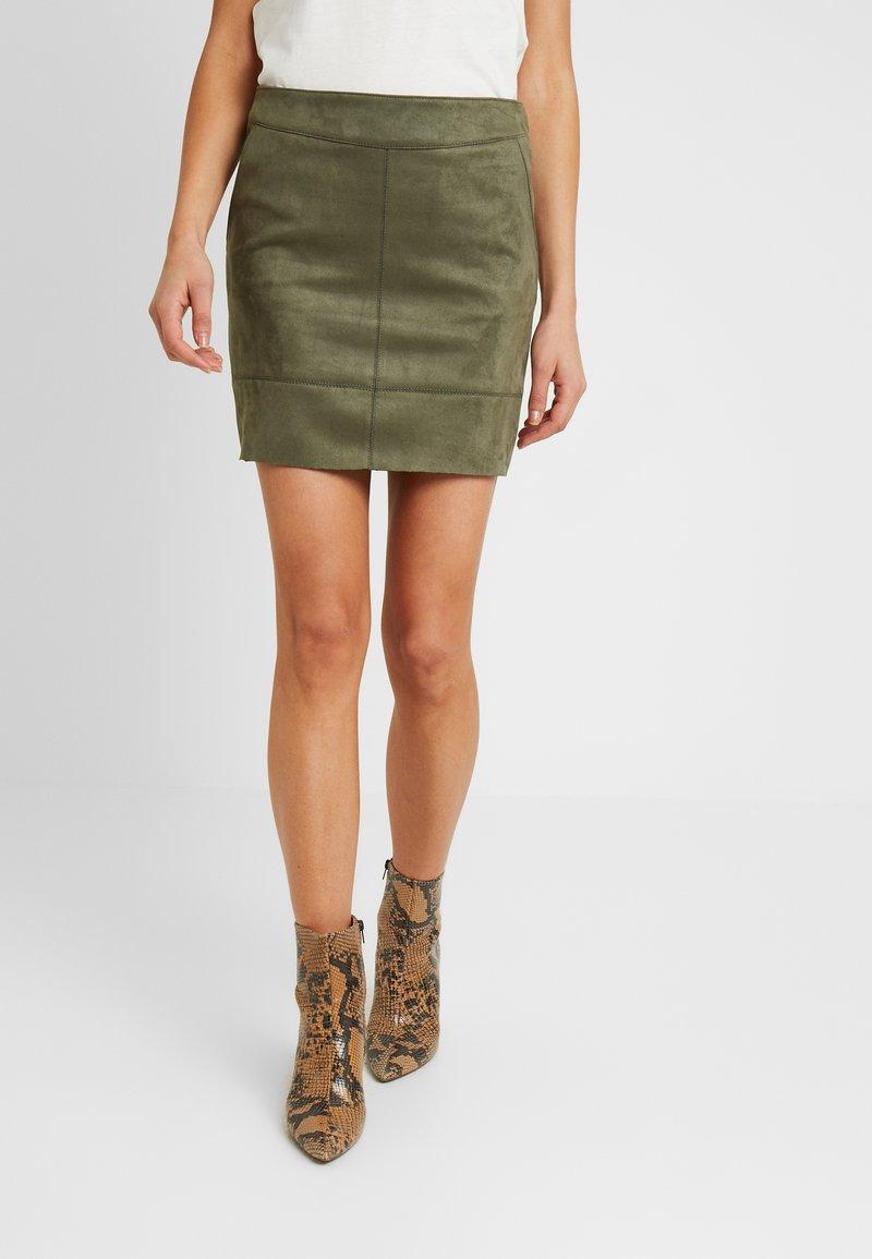 ONLY - ONLJULIE BONDED SKIRT - Mini skirt - grape leaf