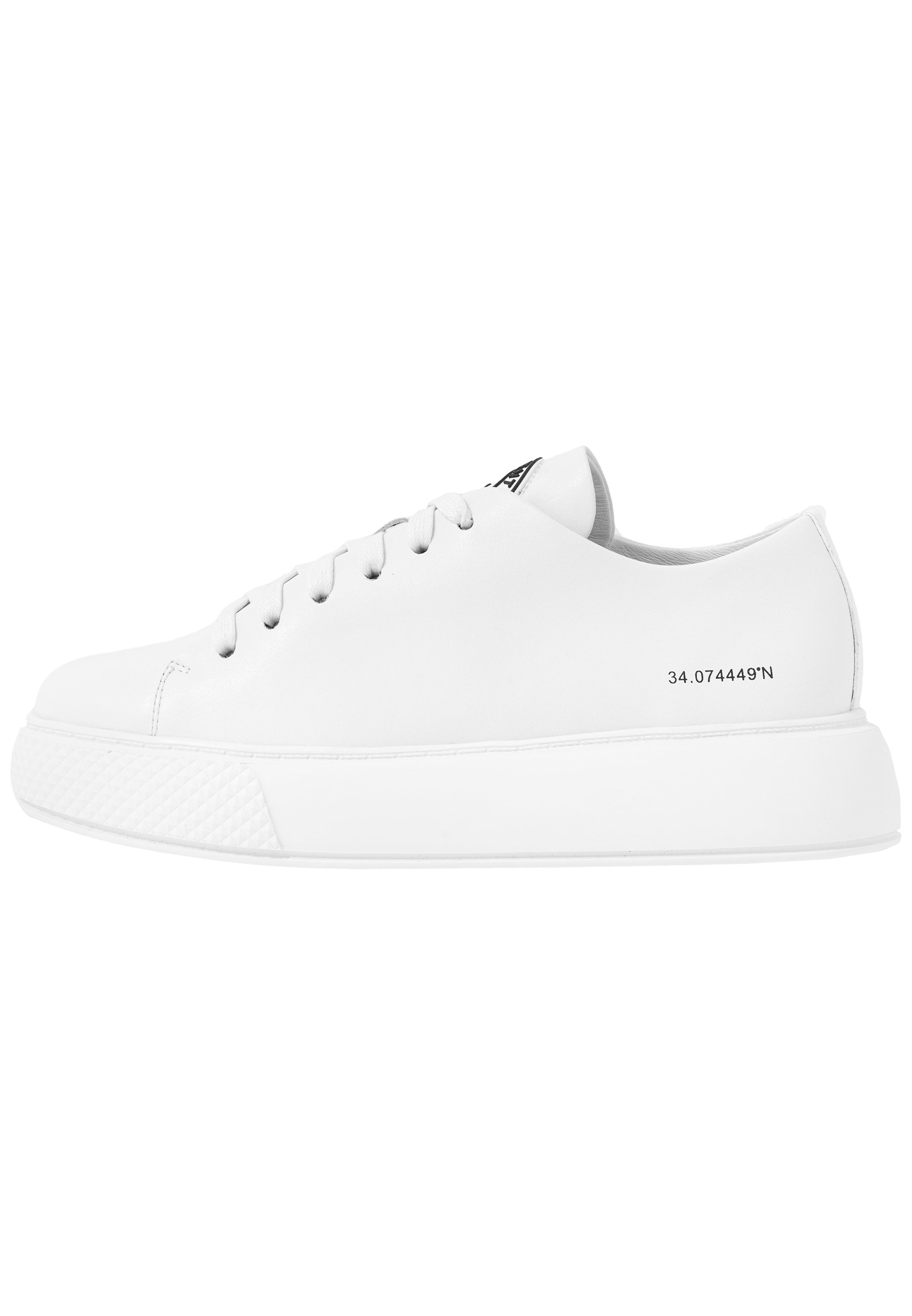 ENTOURAGE PAVEMENT X JEFFREY CAMPBELL Sneakers white
