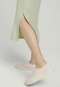 TOM TAILOR DENIM - Jersey dress - light dusty green - 3
