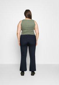 CAPSULE by Simply Be - KIM HIGH WAIST SUPER SOFT - Bootcut jeans - dark indigo - 2