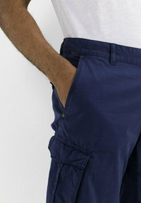 camel active - REGULAR FIT - Shorts - indigo - 3