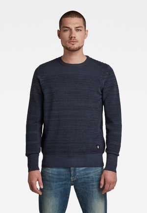Stickad tröja - luna blue/ mazarine blue