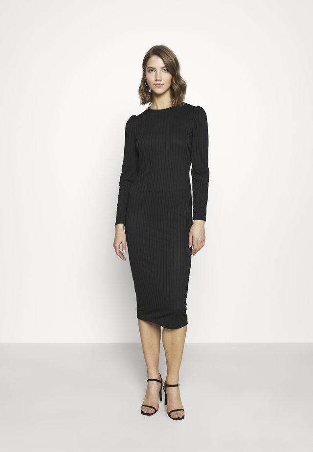 MAXI DRESS SQUARE NECK - Etui-jurk - black