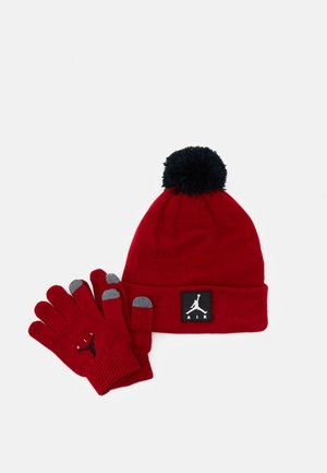 AIR PATCH BEANIE SET UNISEX - Gloves - gym red