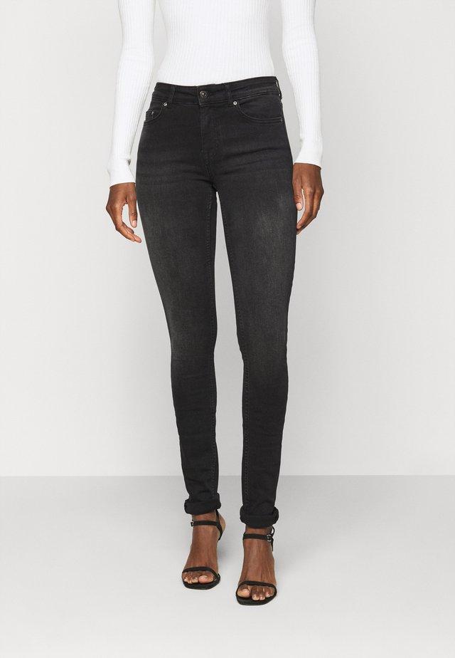 ONLBLUSH LIFE - Jeans Skinny Fit - black