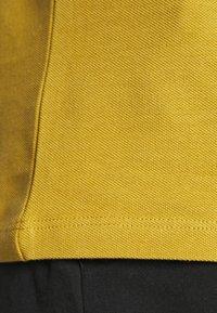 Minimum - SIMS - Camiseta básica - dried tobacco melange - 5