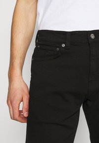 Edwin - TAPERED - Jeans Tapered Fit - black denim - 5