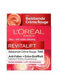 L'Oréal Paris - REVITALIFT ENERGISING RED DAY CREAM - Face cream - - - 3