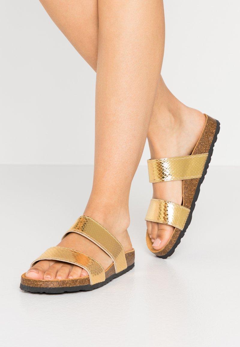 Bianco - BIABETRICIA TWIN STRAP - Slippers - gold