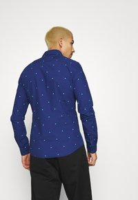 Scotch & Soda - SLIM FIT WITH ALL OVER PRINT - Shirt - combo - 2