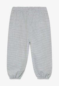 Müsli by GREEN COTTON - STRIPE BABY ZGREEN - Kalhoty - white/blue - 3