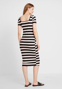Glamorous Bloom - TUBE DRESS WITH SQUARE NECK - Robe en jersey - black /nude - 2