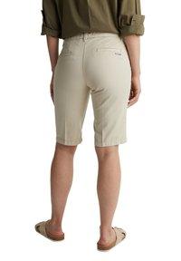 Esprit - Shorts - sand - 2
