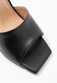 Dune London - MANTRA - Pantofle na podpatku - black - 2