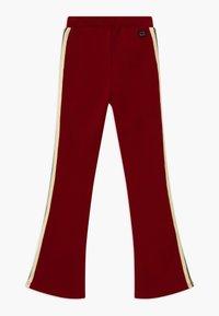 Retour Jeans - BLAIRE - Jogginghose - dark red - 1