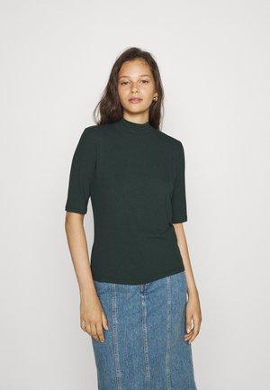 VISOLITTA FUNNELNECK - Basic T-shirt - darkest spruce