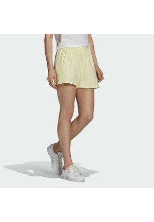 TENNIS LUXE 3 STRIPES ORIGINALS SHORTS - Shorts - haze yellow