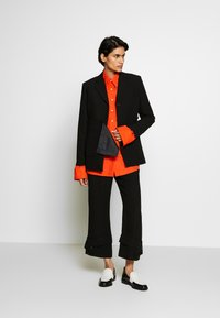 3.1 Phillip Lim - TROUSERS BELTED CUFF - Kalhoty - black - 1