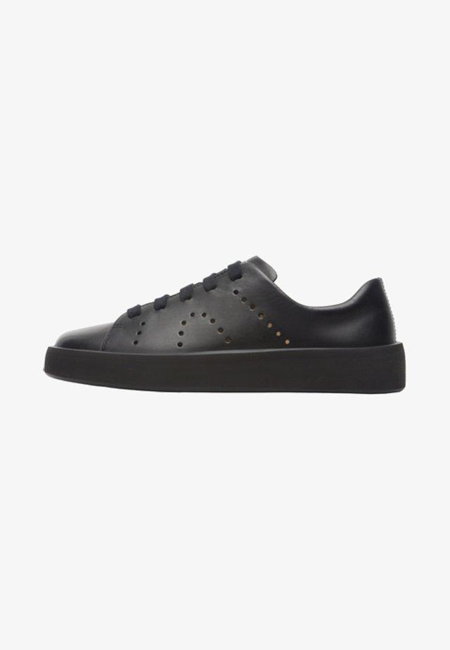 COURB - Sznurowane obuwie sportowe - black