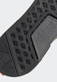 adidas Originals - NMD_R1 - Sneakers basse - halo green/core black/semi solar red - 9