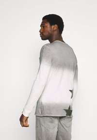 Key Largo - ENDEAVOUR ROUND - Long sleeved top - silver - 2
