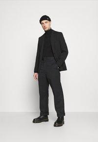 Only & Sons - ONSMATTI KING CASUAL - Blazer jacket - black - 1