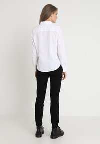Gina Tricot - JESSIE - Camisa - white - 2