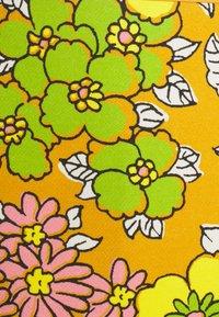 Tory Burch - PRINTED PENCIL SKIRT - Pencil skirt - rust wallpaper - 2