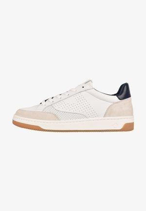 BASALTE - Sneakers laag - white