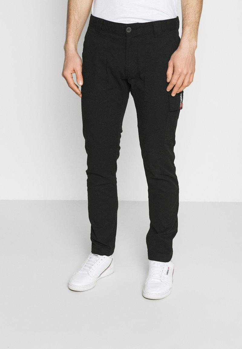 Tommy Jeans - SCANTON DOBBY PANT - Cargo trousers - black