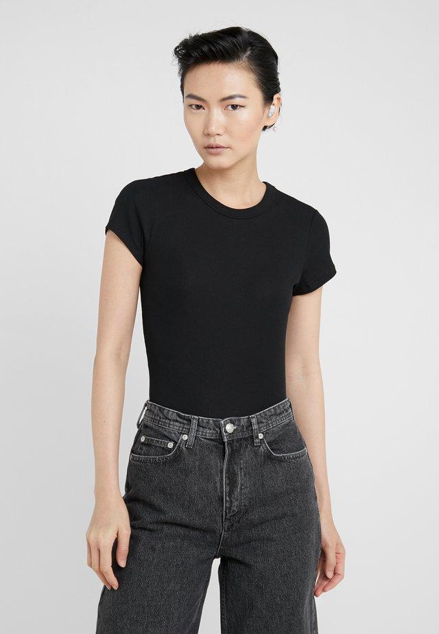 FINE TEE - Jednoduché triko - black