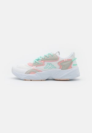 CRUMPTON - Sportovní boty - white/rosé