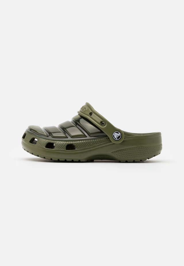 CLASSIC NEO PUFF UNISEX - Zuecos - army green