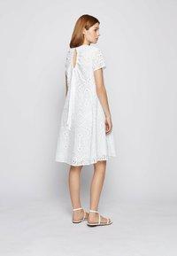 BOSS - DAJOUR - Robe d'été - white - 2