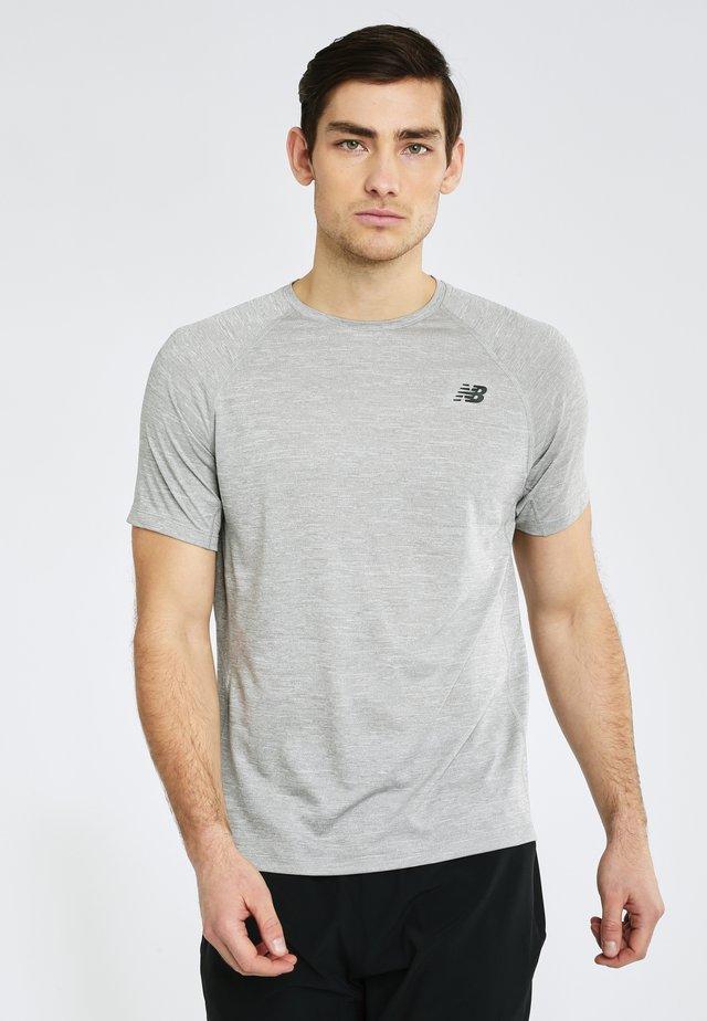 TENACITY - T-shirt basique - athletic grey