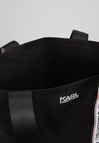 KARL LAGERFELD - KARL WEBBING SHOPPER - Torba na zakupy - black - 4