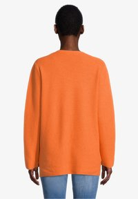 Cartoon - MIT STRUKTUR - Jumper - apricot - 2