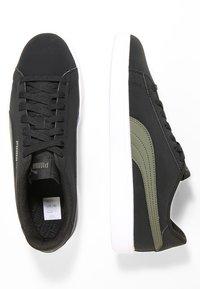 Puma - SMASH  UNISEX - Sneakers - puma black/forest night - 1