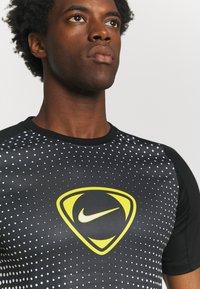 Nike Performance - ACADEMY - T-shirt print - black/white - 3
