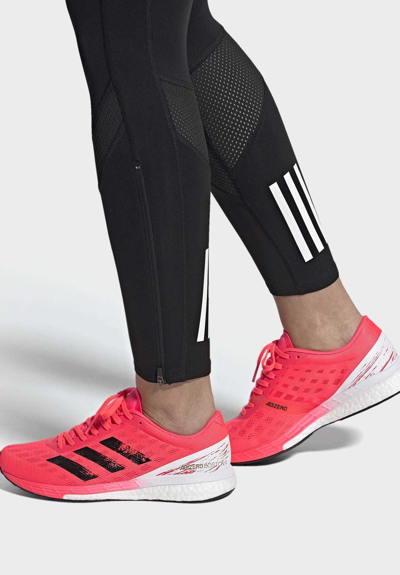 adidas Performance - ADIZERO BOSTON 9 SHOES - Stabilty running shoes - pink