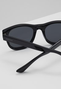 Gucci - Sunglasses - black - 5