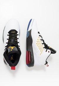 Jordan - MAXIN 200 - High-top trainers - white/dark sulfur/black/deep royal blue/gym red - 1