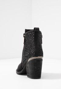 H.I.S - Kotníková obuv - black - 5