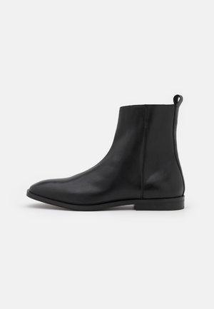 ALEX INSIZE ZIP BOOT - Korte laarzen - sandigo black