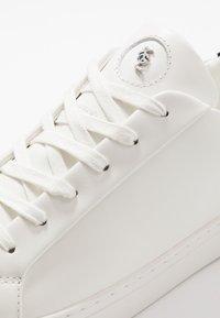 Kurt Geiger London - DONNIE - Sneakers - white - 5