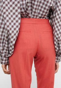 PS Paul Smith - Pantaloni - coral - 5